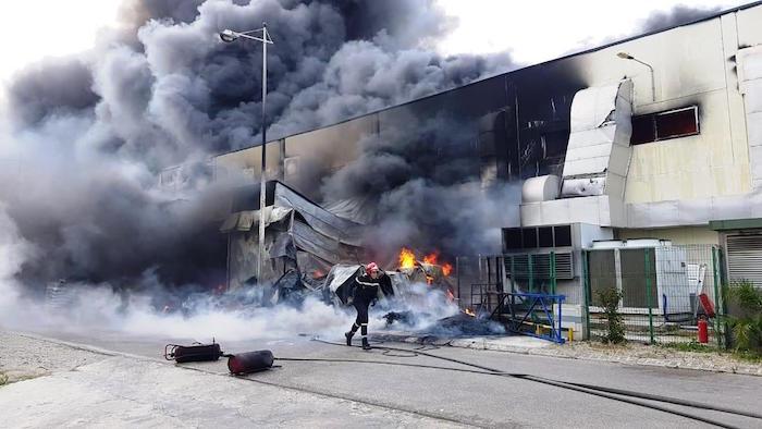 Criteria atiende el grave incendio de la fábrica de Fujikura Automotive en Tánger, Marruecos